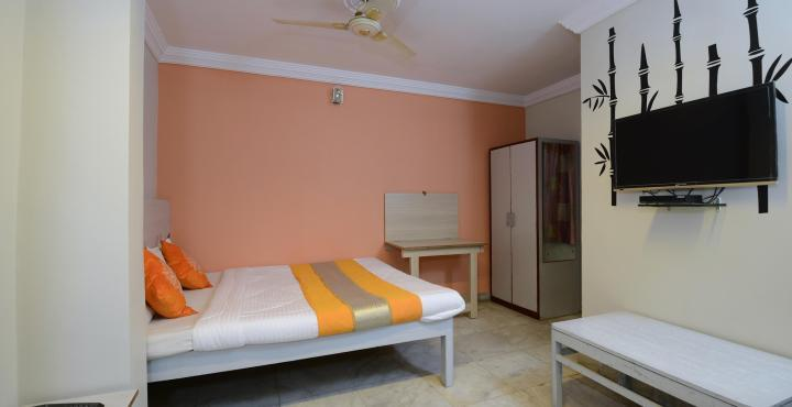 Adarsh Palace Hotel, Bhopal - Double Bed Room
