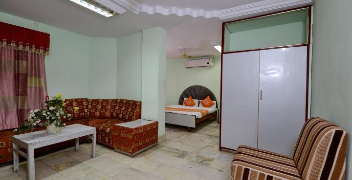 Adarsh Palace Hotel, Bhopal - Double Bed Room2
