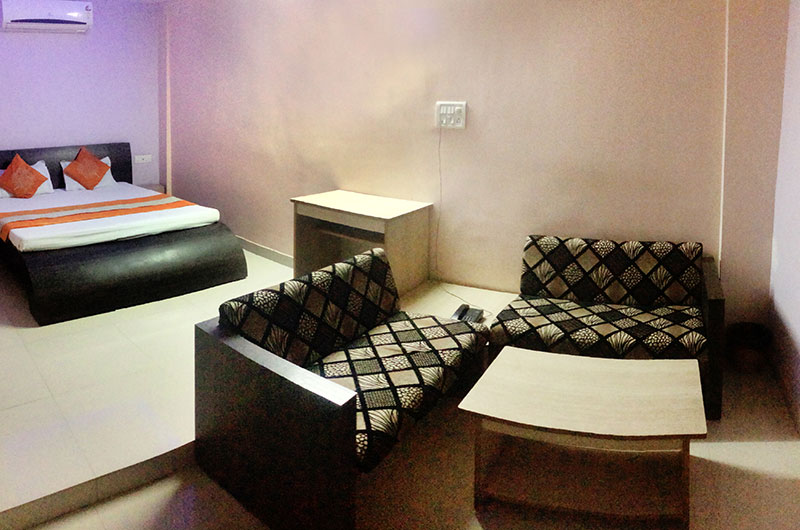 Adarsh Palace Hotel, Bhopal - Executive-room1