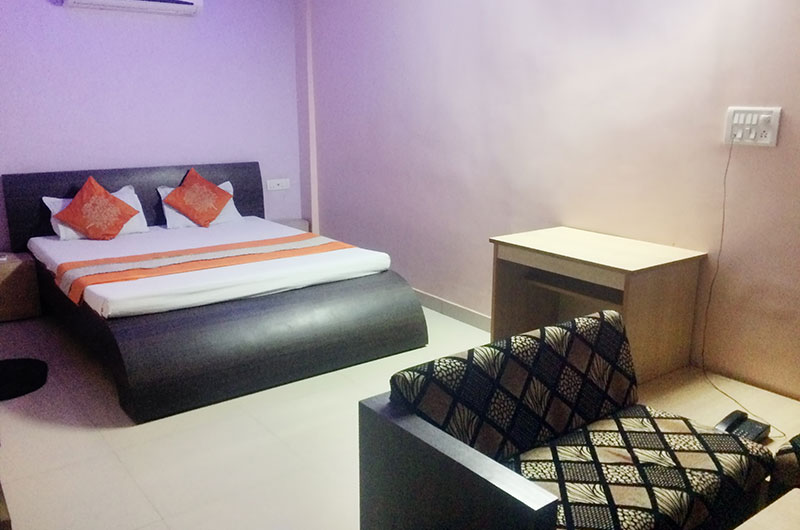 Adarsh Palace Hotel, Bhopal - Executive-room3